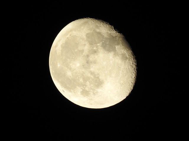 waning gibbous Moon Phase 90.6% 17d 10h Meudon 2021 october 23