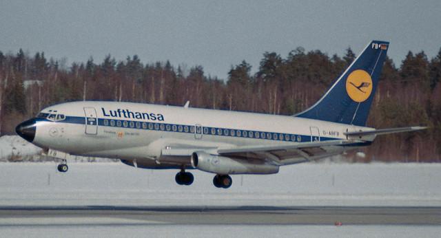 D-ABFB Lufthansa B737-230Adv.