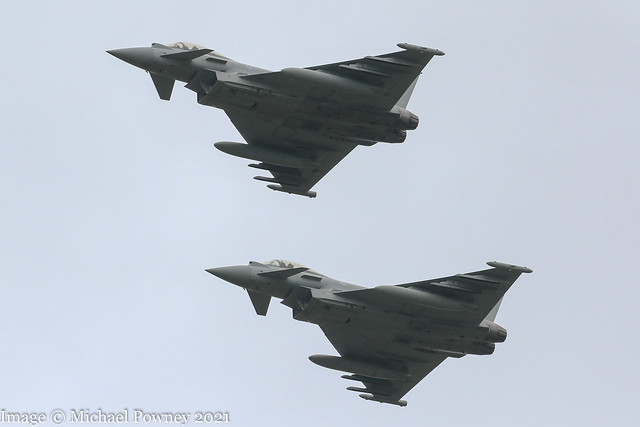 ZK365 / ZK433 - a pair of Eurofighter Typhoon FGR.4s recovering to Coningsby