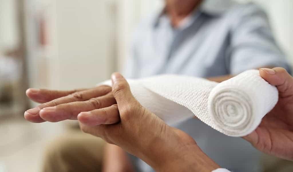 Un «bandage intelligent» pour traiter les plaies chroniques