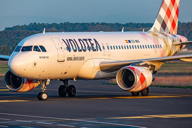 Volotea / A319 / EC-MUX / LFMT 30R