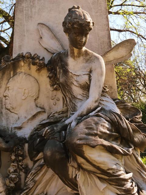 2 (151)f...austria vienna churchyard...zentralfriedhof