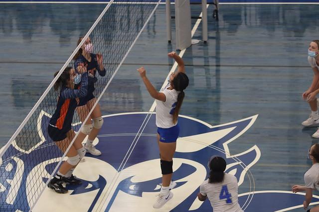 WH Volleyball vs Lyman Hall 2021 (77)