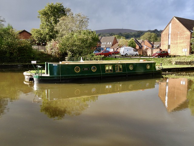 """Canal Boat """"Wren"""", Five Locks Marina, Monmouthshire-Brecon Canal, Pontnewydd, Cwmbran 25 October 2021"""