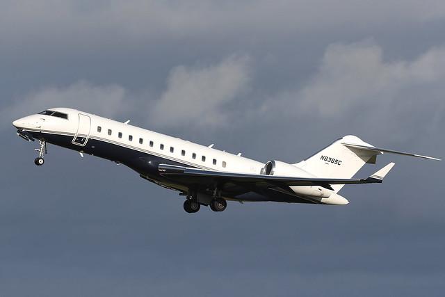 Bombardier BD-700-1A10 Global Express N838SC