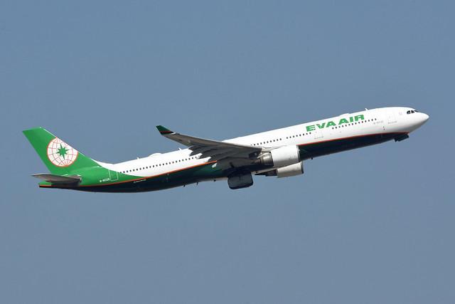 EVA Air B-16335