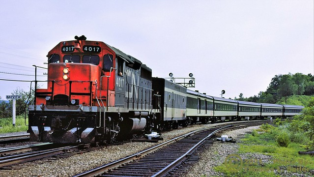 VIA RAIL CANADA TRAIN #74 ROLLS EAST STILL LOOKING LIKE A CANADIAN NATIONAL OPERATION - HAMILTON, ONTARIO - JULY 3, 1977