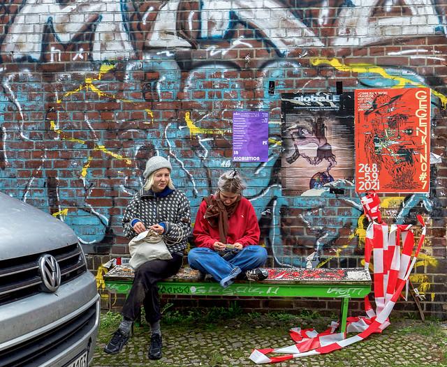 Urban girls in Plagwitz in Leipzig
