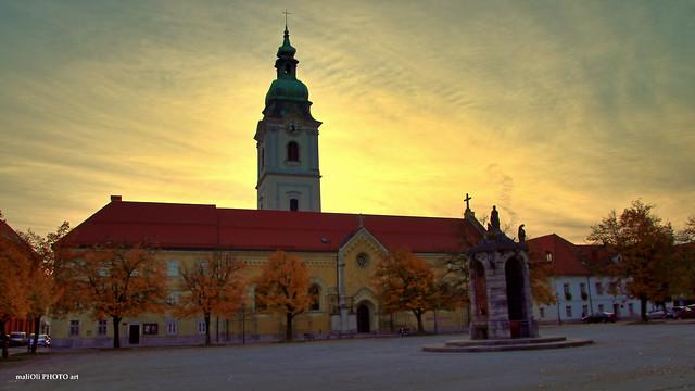 Church of the Holy Trinity at dusk