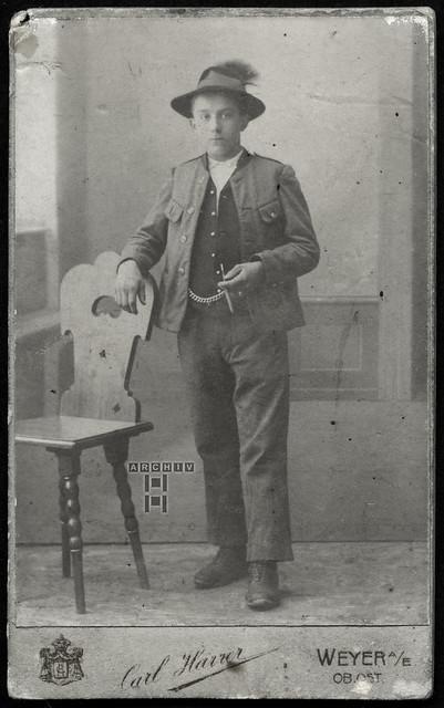 ArchivTappen25(5A)106 Portrait (front), Mann, Weyer Enns, 1900er