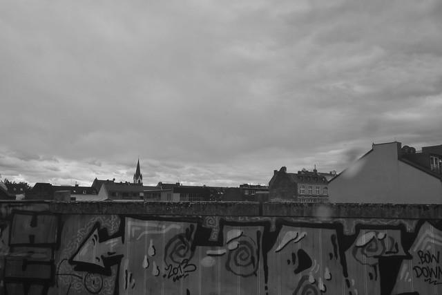 Blick vom Bf. Köln-Ehrenfeld an einem bewölkten Tag (141FJAKA_7101)