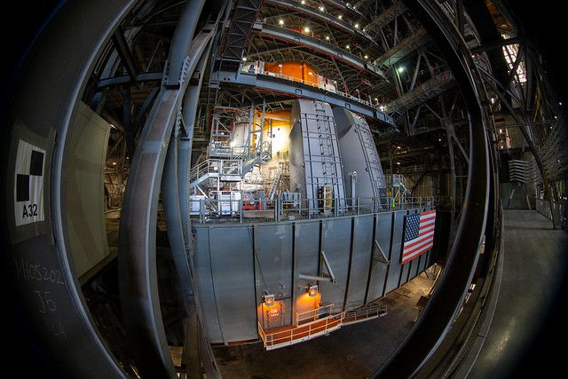 Orion integration on top of Moon launcher