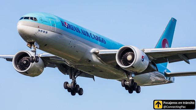 Boeing B777 Korean Air Cargo HL8285