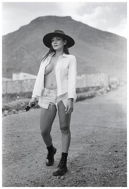 Leica R6 + Fuji Acros
