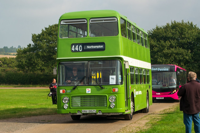 ex United Counties (NO) - XNV 882S
