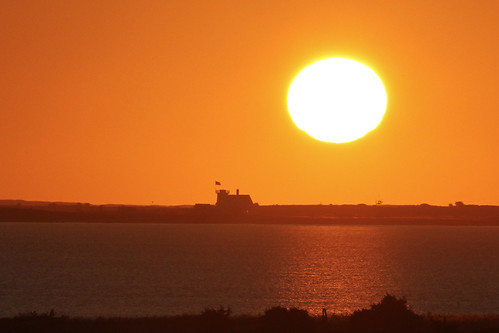chathamma forestbeachconservationarea sunrise stageharborlight lighthouse capecod