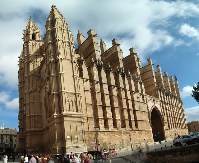 Fachada sur Portada del Mirador Catedral de Santa Maria Palma de Mallorca 02