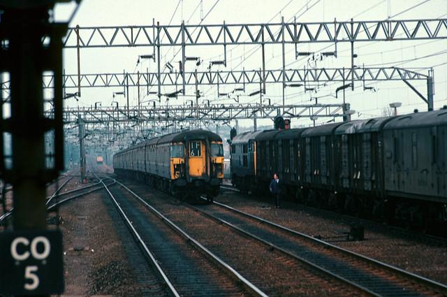 Class 309 EMU 606 approaches Colchester