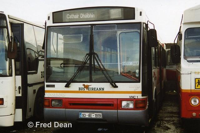 Bus Eireann VNC1 (93KE1919).