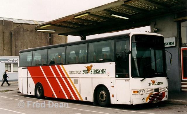 Bus Eireann DVH5 (93D16057).
