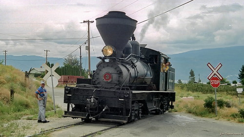 Kettle Valley Railway Shay type steam locomotive in tourist operation near Summerland, BC - mid August 2000 [© WCK-JST - Fujicolor neg 2000-04-13]