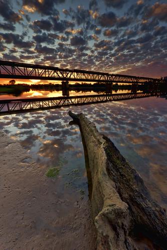 bridge reflection sunrise river clarence grafton justpentax