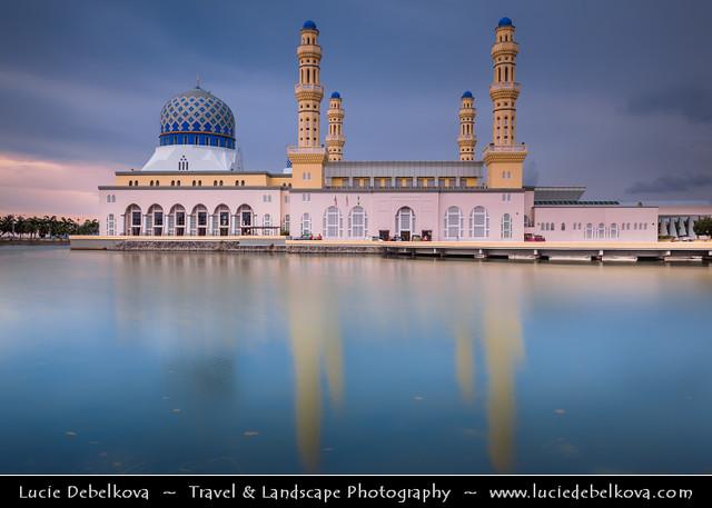 Malaysia Borneo Island Sabah City Mosque In Kota Kin Flickr