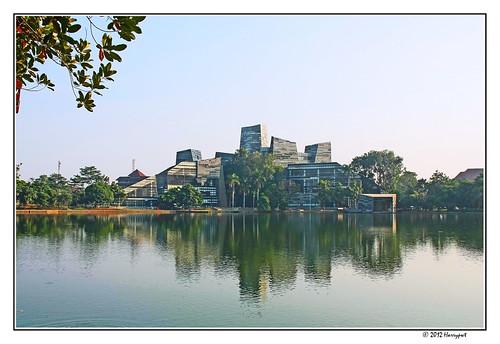 harrypwt indonesia jakarta depok universityofindonesia 40d 18200 city green universitasindonesia reflection architecture