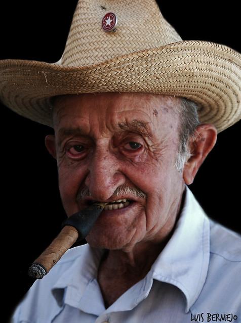 Viejo Revolucionario - Cuba