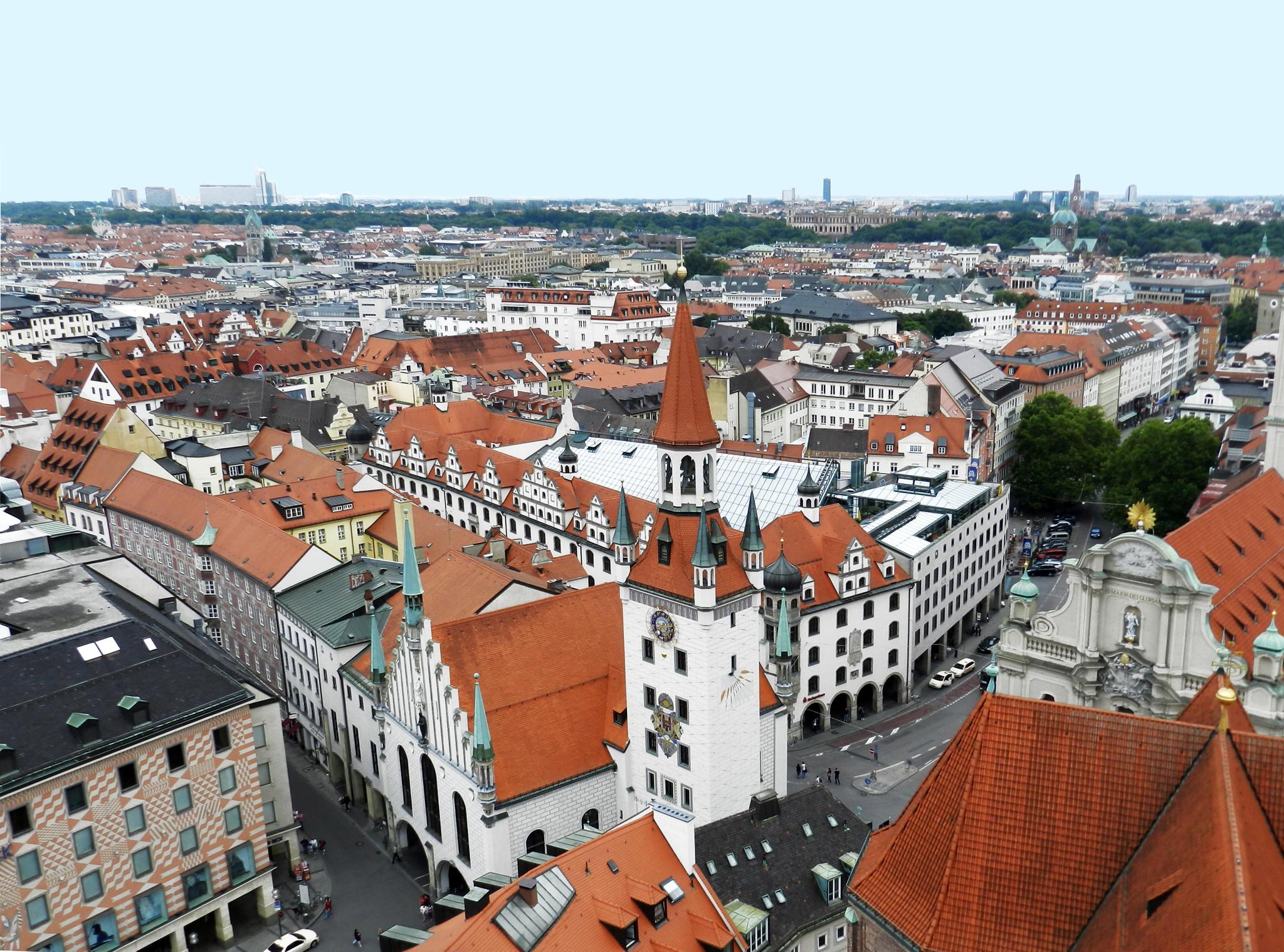 Munich vistas panoramicas desde la torre de la Iglesia de San Pedro, Alter Peter, viejo Pedro Alemania