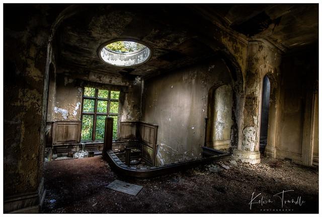 Landing - Potter Manor House