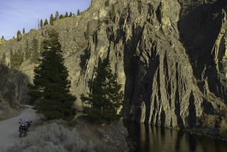 Cliffs along the Middle Fork
