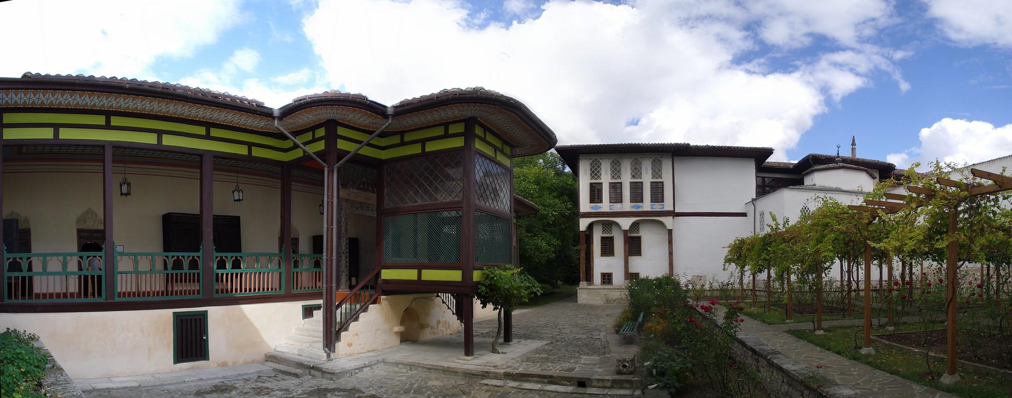 Patio haren exterior Palacio Kan de Bajchisarái de Hansaray o del Khan de Crimea Bakhchysarai Ucrania