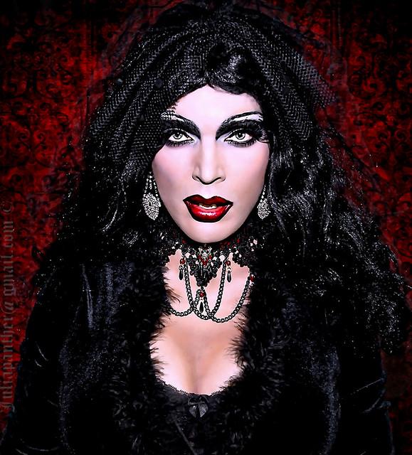 Gothic diva in black velvet