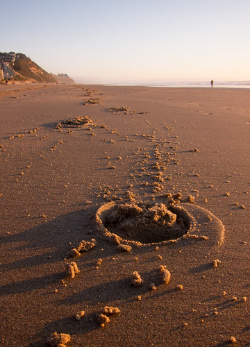 horseshoe beach oregoncoast sunset evening lowlight footprint shadows hoofprint