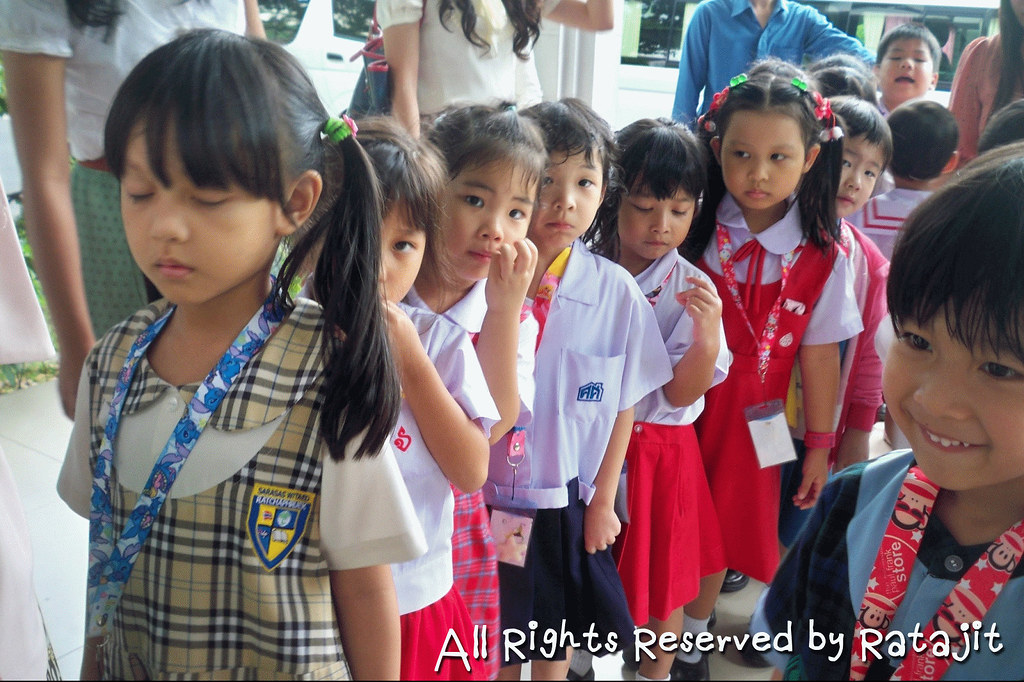 Thailand Education Teachers Students School University Classroom Studying Learning Activities elementary kid children schoolers