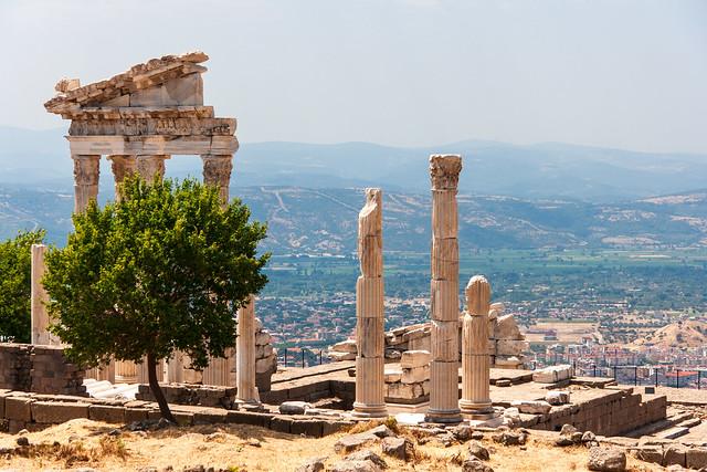 Pergamon, Trajaneum