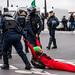 Extinction Rebellion : Tentative de blocage devant l'Assemblée Nationale