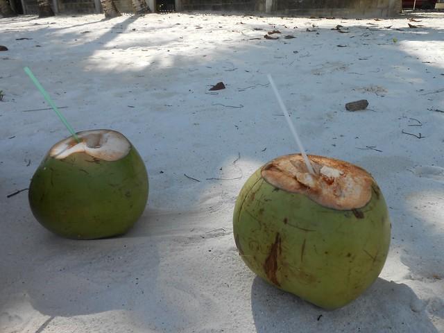 Plage + noix de coco = bonheur