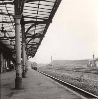Normanton down platform with class 40 approaching. Not sure who the origional photographer is .