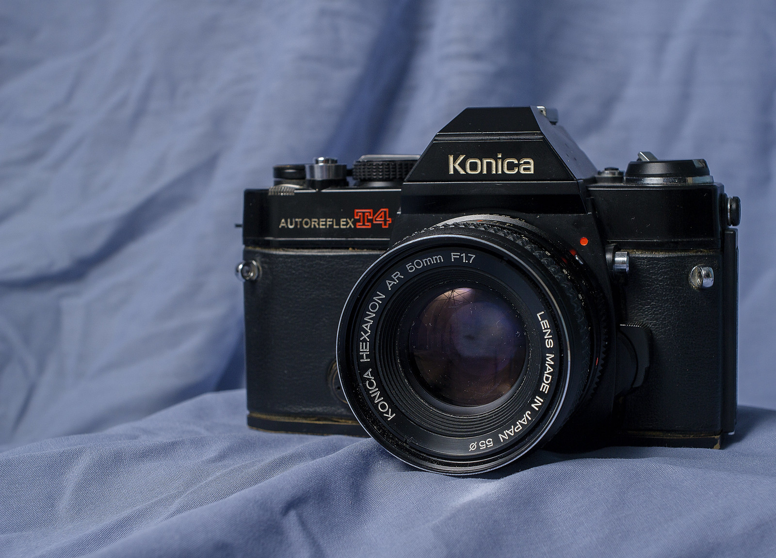 Camera Review Blog No. 17 - Konica Autoreflex T4