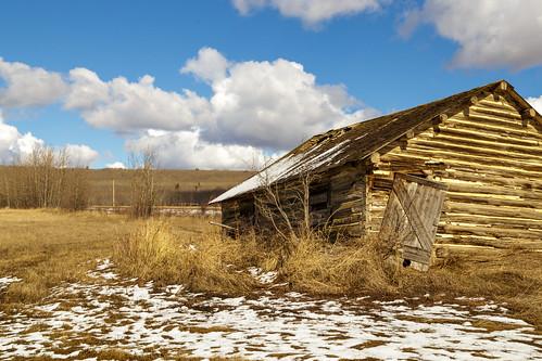 old sky cloud house snow canada grass barn this grande spring warm peace farm country alberta homestead shack melt prairie thaw beaverlodge