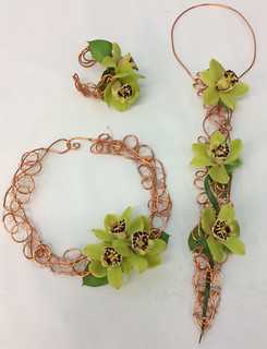 Greenery: Floral Jewelry — Photo Courtesy Sandy Schroeck, AIFD, PFCI, Trend On Design in Eden Prairie, Minnesota, http://www.trendondesign.com/ | by Flower Factor