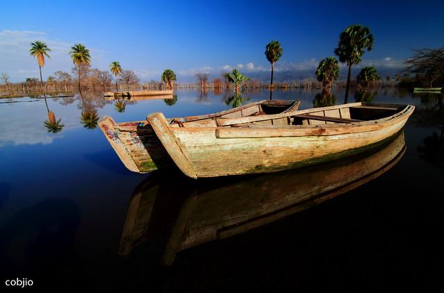 3727 Sunrise in the Enriquillo Lake - Dominican Republic