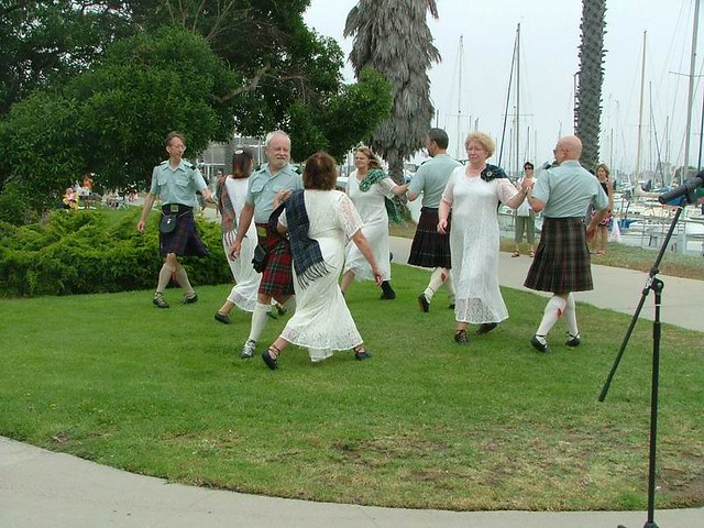 C_Scottish Country Dancers 103