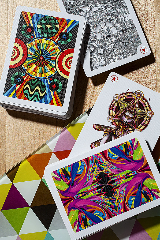 playing arts deck  54 unique playign cards  art of play