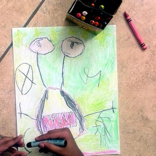 Santi, (6) dibuja monstruos