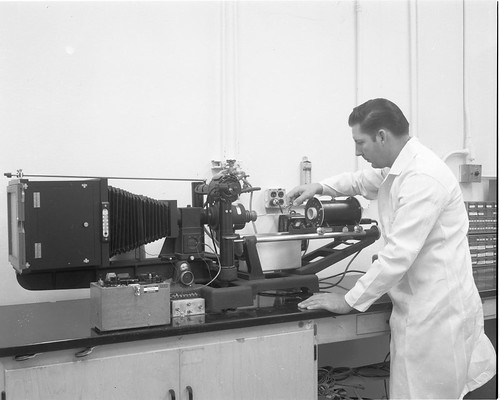 Atlas Details: High Temperature Dilatometer; Leitz; TSU Building 28  Date: 01/08/1968   by San Diego Air & Space Museum Archives