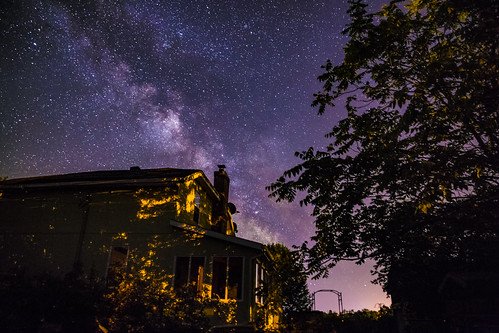 milky way astro astronomy astronomi quebec house light ghost ghostly leaves shadows voie lactée stars bright sky night wood trees pink city country best