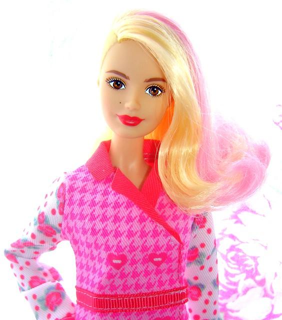 LA Girl in pink coat #2